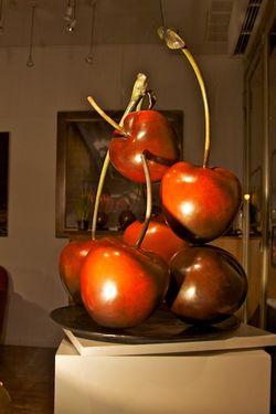 Sculpture of Cherries, Paris  2011-02-20