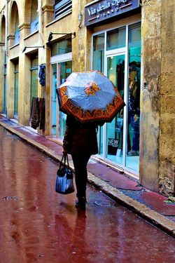 Woman with Umbrella, Aix10x15x300  7280