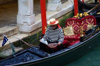 Reading gondolier